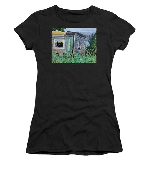 Fish Shack Women's T-Shirt (Athletic Fit)