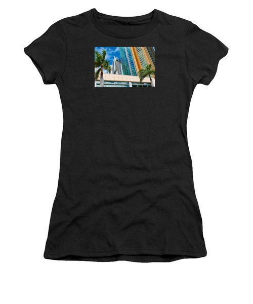Fla-150531-nd800e-25113-color Women's T-Shirt (Junior Cut) by Fernando Lopez Arbarello
