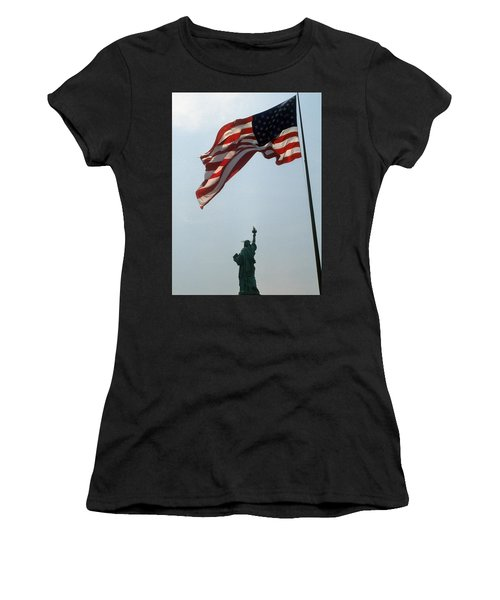 Flag And Statue Of Liberty Women's T-Shirt (Athletic Fit)
