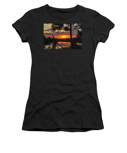 Florida Pine Sunset Women's T-Shirt (Athletic Fit)