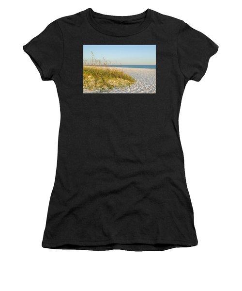 Destin, Florida's Gulf Coast Is Magnificent Women's T-Shirt