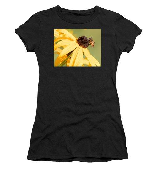 Flower Fly Women's T-Shirt