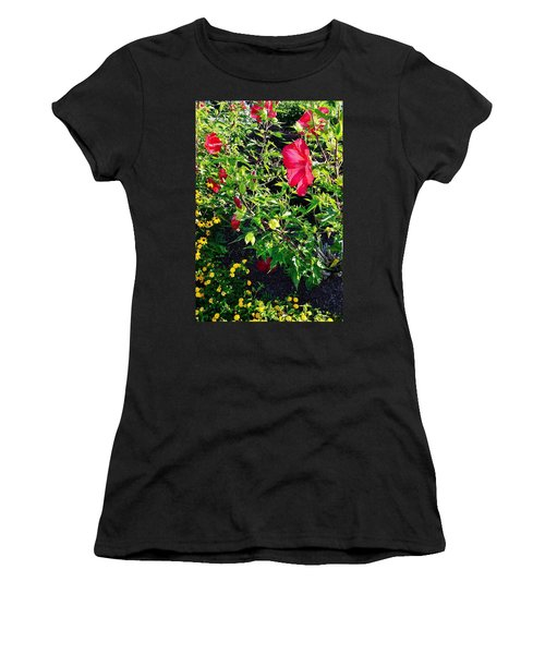 Flowers Of Bethany Beach - Hibiscus And Black-eyed Susams Women's T-Shirt