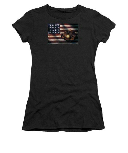 Folk Art American Flag And Baseball Mitt Women's T-Shirt