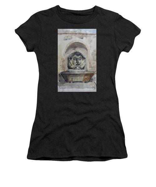 Fountain In Rome Women's T-Shirt