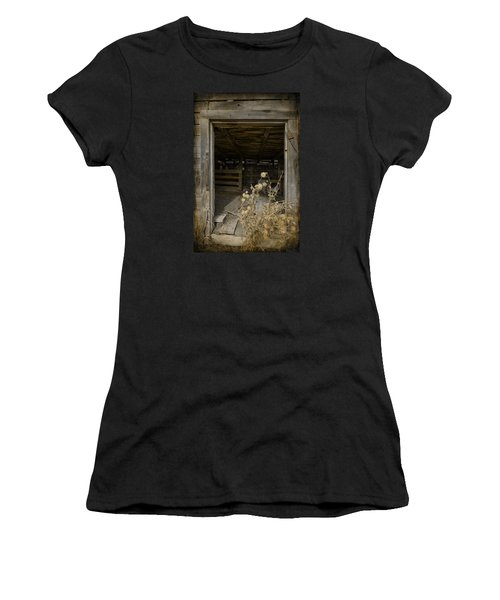 Women's T-Shirt (Athletic Fit) featuring the photograph Framed by Fran Riley