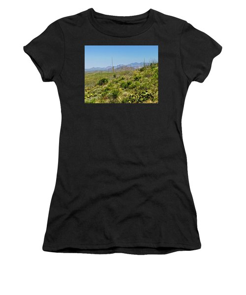 Franklin Mountains State Park Facing North Women's T-Shirt