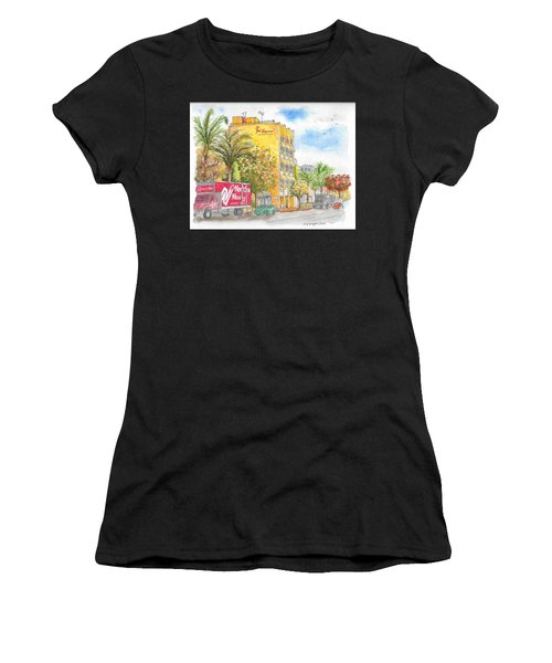 Fred Hayman Building, Cannon Dr And Clifton, Beverly Hills, Ca Women's T-Shirt