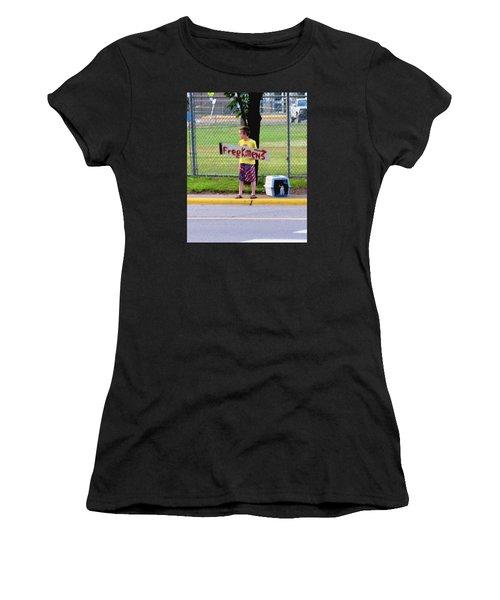 Free Kittens Women's T-Shirt