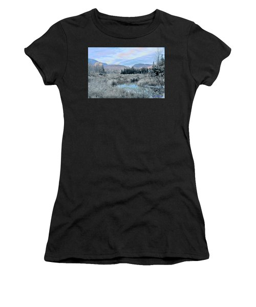 Frost On The Bogs Women's T-Shirt (Athletic Fit)