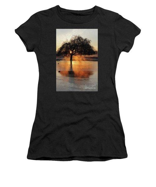 Frosty Sunrise In Bushy Park London 2 Women's T-Shirt (Athletic Fit)