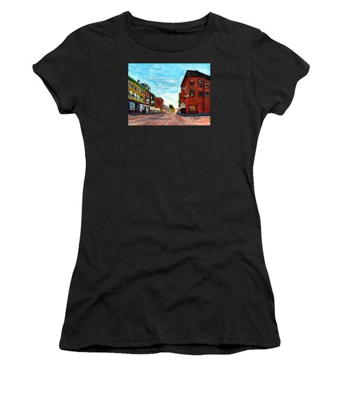 Fuller Building  Women's T-Shirt (Athletic Fit)