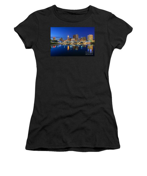 Fx2l531 Columbus Ohio Skyline Photo Women's T-Shirt