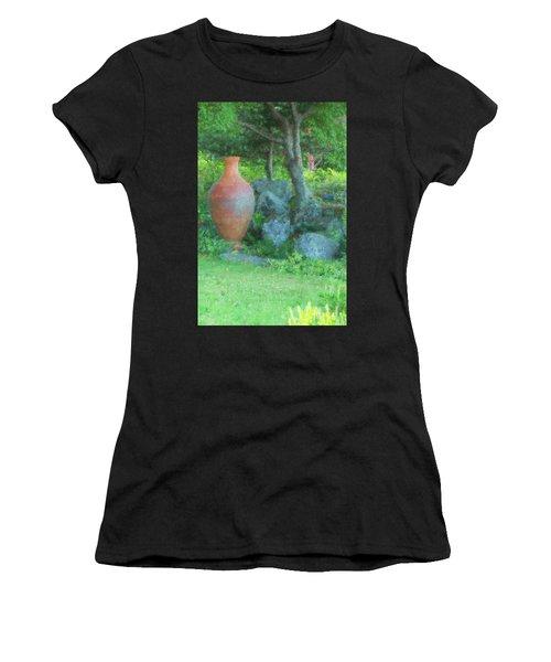 Garden Urn Women's T-Shirt