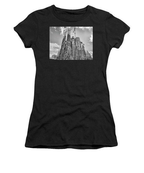 Gaudi La Sagrada Blk Wht Women's T-Shirt