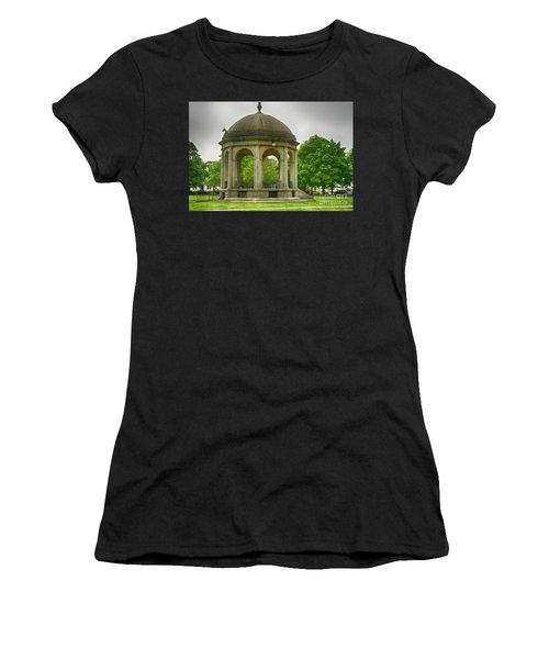 Gazebo Design Women's T-Shirt