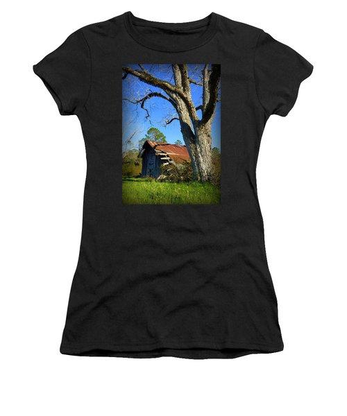Georgia Barn Women's T-Shirt (Athletic Fit)