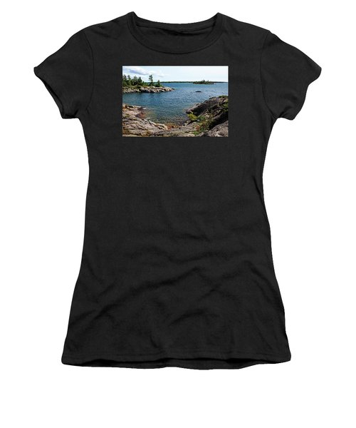 Georgian Bay Islands Women's T-Shirt (Athletic Fit)