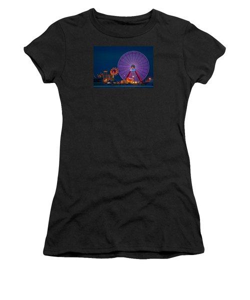 Giant Ferris Wheel Women's T-Shirt (Athletic Fit)