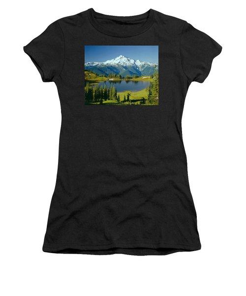 1m4422-glacier Peak, Wa  Women's T-Shirt