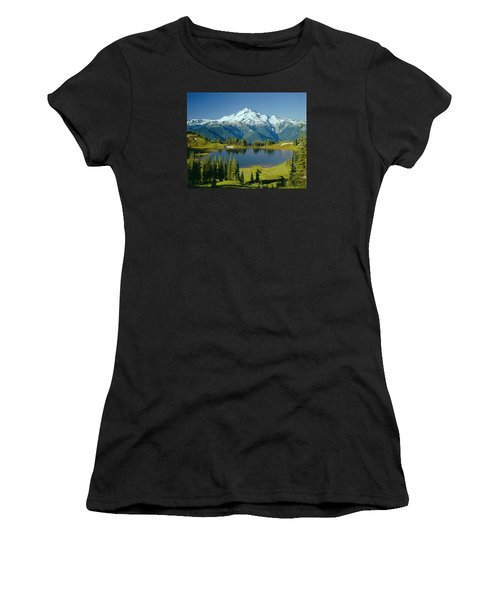 1m4422-glacier Peak, Wa  Women's T-Shirt
