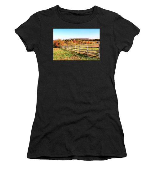 Glendale Road View In The Fall Women's T-Shirt