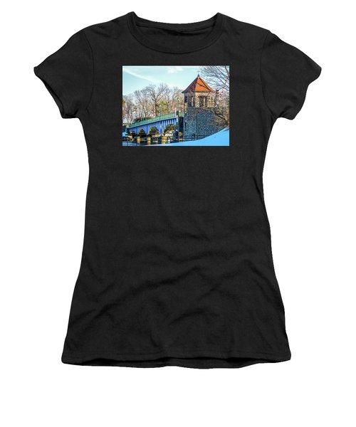 Glenn Island Drawbridge Women's T-Shirt