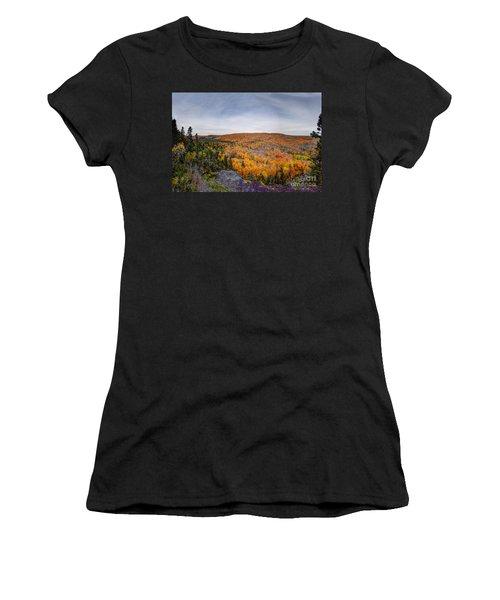 Glorious Autumn Lutsen Mountain Resort North Shore Minnesota Women's T-Shirt