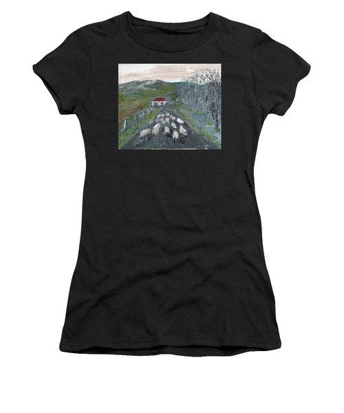 Going Home Women's T-Shirt