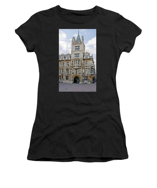 Gonville And Caius College. Cambridge. Women's T-Shirt (Athletic Fit)