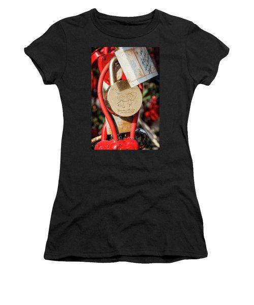 Good Luck Hama And Cama Women's T-Shirt