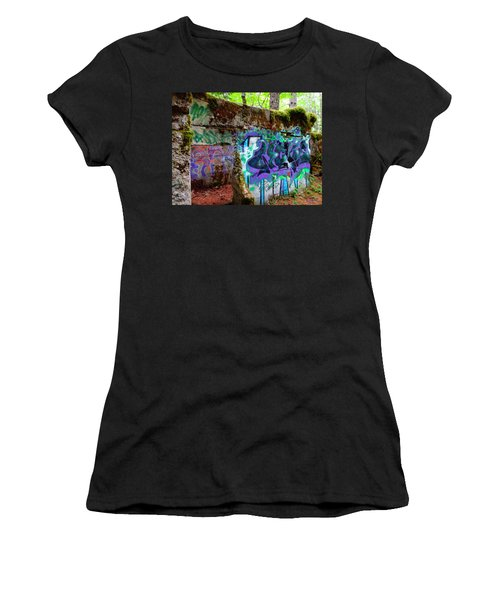 Graffiti Illusion Women's T-Shirt