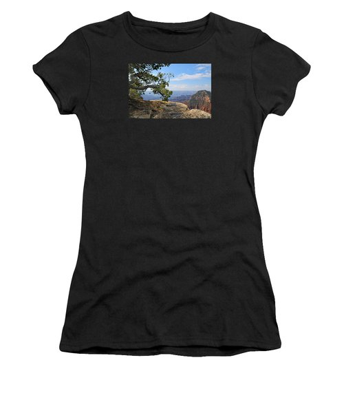 Grand Canyon North Rim Craggy Cliffs Women's T-Shirt