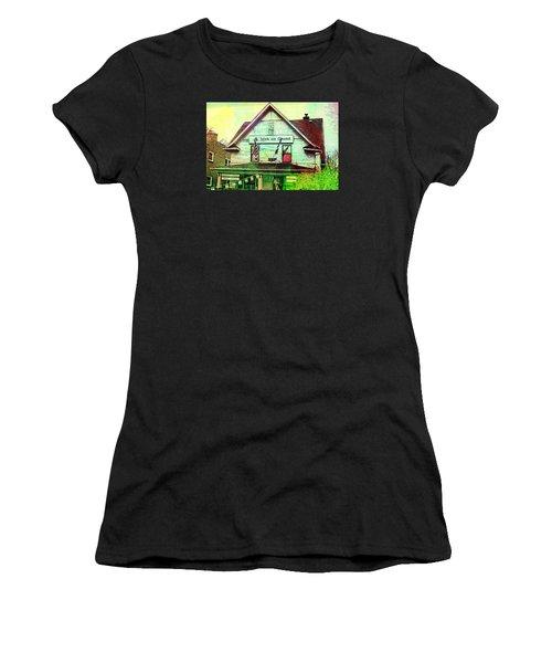 Grand Irish  Women's T-Shirt (Athletic Fit)
