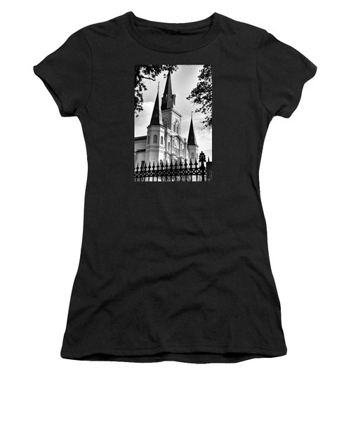 Grayscale St. Louis Cathedral Women's T-Shirt