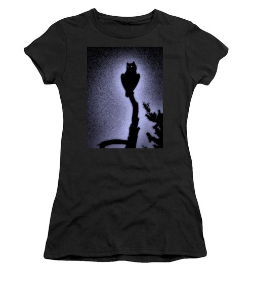 Great Horned Owl In The Desert 4 Women's T-Shirt (Athletic Fit)