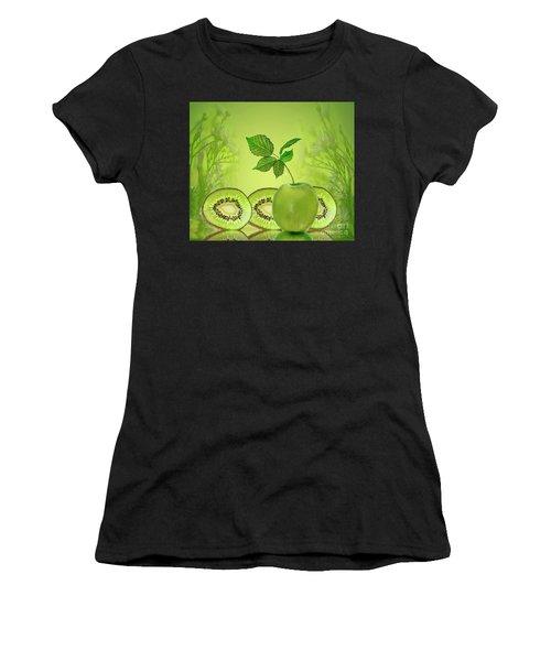 Greeeeeen Women's T-Shirt (Athletic Fit)