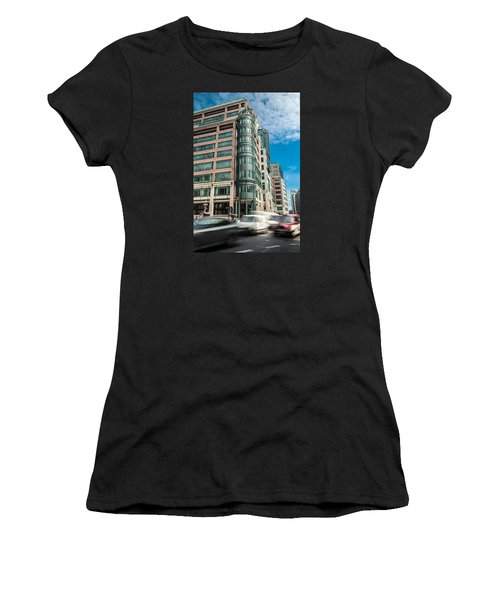 Green Building On Liverpool Metro Station London Women's T-Shirt (Athletic Fit)