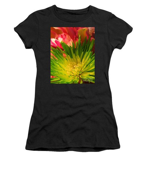Green Focus Women's T-Shirt