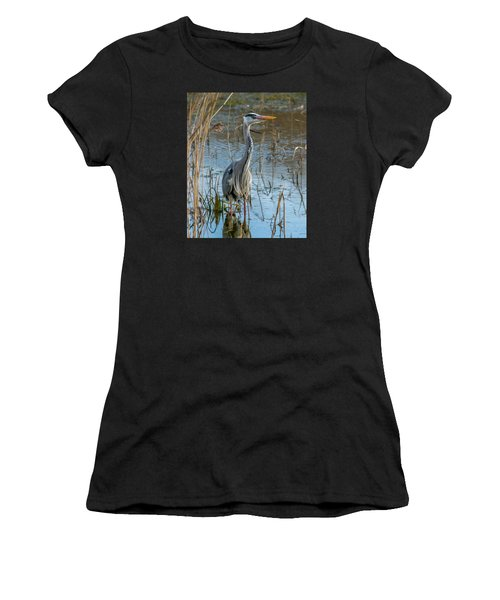 Grey Heron Hunting Women's T-Shirt (Athletic Fit)