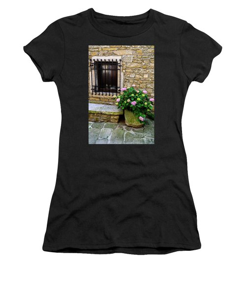 Groznjan Istrian Hill Town Stonework And Flowerpot - Istria, Croatia Women's T-Shirt