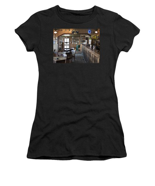 Gruene Hall Bar Women's T-Shirt