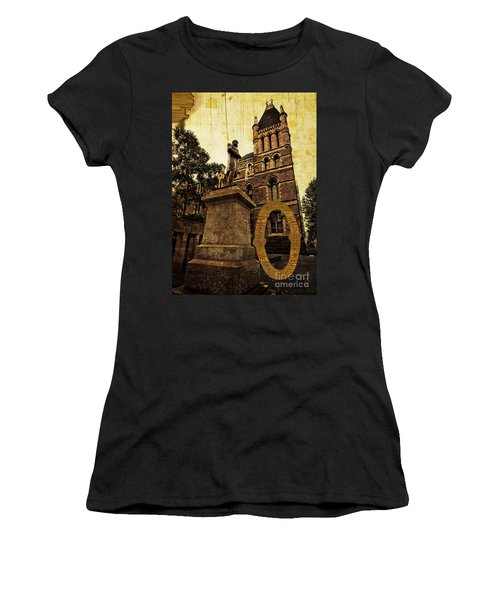 Grungy Melbourne Australia Alphabet Series Letter O Francis Ormo Women's T-Shirt (Athletic Fit)