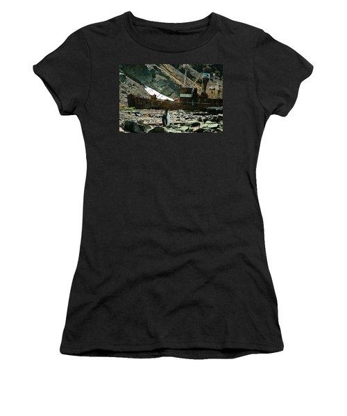Grytviken Sentinel Women's T-Shirt