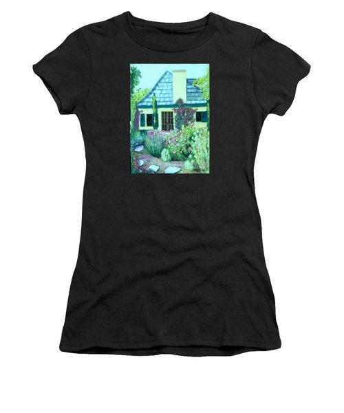 Guest Cottage Women's T-Shirt