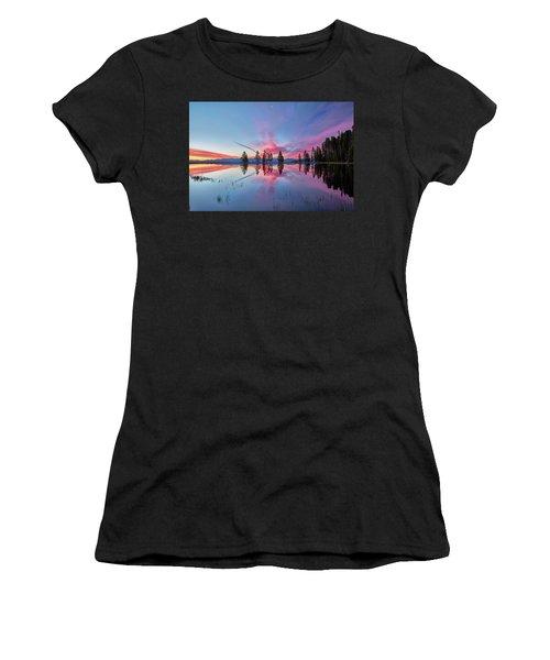 Gull Point At Sunrise Women's T-Shirt