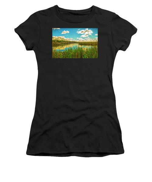 Gunnel Oval By Paint Women's T-Shirt (Athletic Fit)