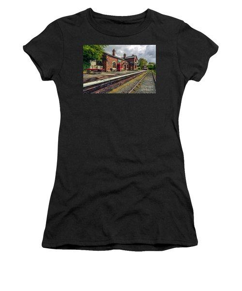Hadlow Road Railway Station Women's T-Shirt