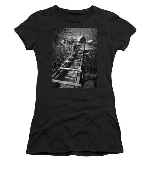 Hagood Gristmill Waterwheel At Hagood Mill Women's T-Shirt
