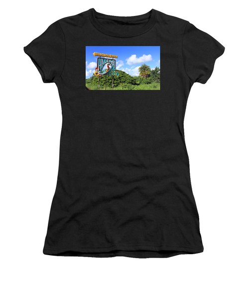 Hand-carved Hale'iwa Women's T-Shirt